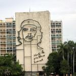 Prédio do Ministério da Comunicação na Praça da Revolução