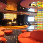 Manhattan Bar sempre se destaca pelas suas cores