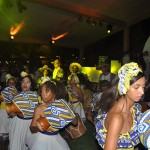 Maracatu animou a festa no Vivá
