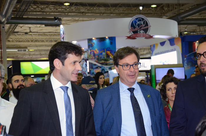 Marcelo Álvaro Antônio, Ministro do Turismo e Gilson Machado Neto, presidente da Embratur