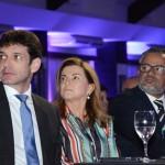 Marcelo Álvaro Antônio, ministro do Turismo, Marta Rossi, do Festuris, e Bob Santos, do MTur