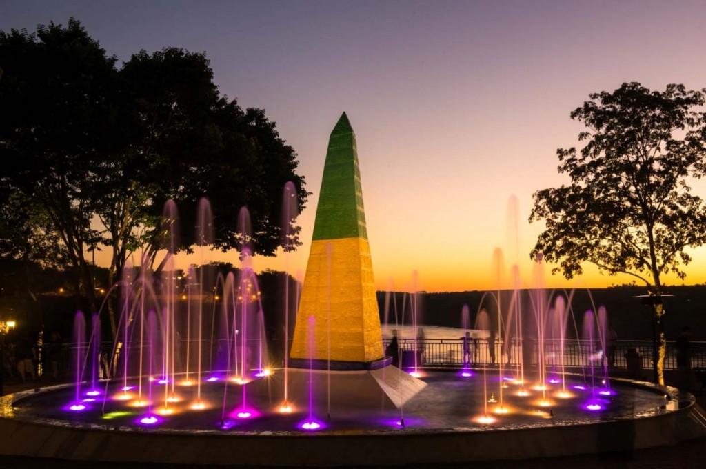 Marco das 3 Fronteiras, em Foz do Iguaçu, foi uma das iniciativas indicadas para o Prêmio Nacional de Turismo (Foto: Marcos Labanca)