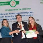 Mariângela Pinto, Ingrid Dantas e Diego Tavares, da Menção Honrosa