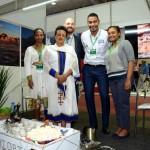Miheret, Yemisrach Mengistu, Ricardo Guimarães e Beza Melis, da Embaixada da EM&Etiópia, e Juliano Braga, do