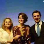 Natalia Pisoni, entre Marta Rossi e Eduardo Zorzanello, do Festuris
