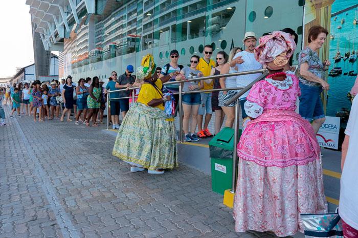 A capital baiana recebe os navios Sovereing, Costa Fascinosa e MSC Seaview