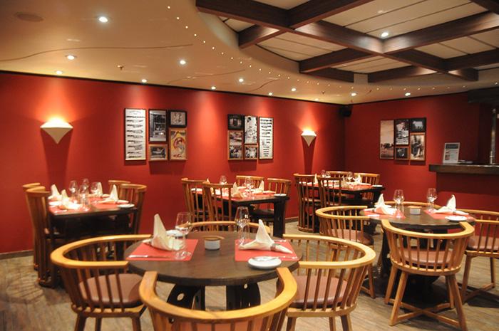 Novo restaurante especializado em carnes substitui o mexicano Tex Mex