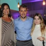 Patricia Masche e Phillipe Campelo, do Rio CVB, com Rafaela Pereira, da Tourplans Brazil