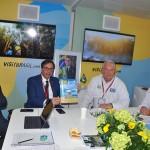 Roberto Doring, da Embaixada do Brasil no Reino Unido, e Gilson Machado, presidente da Embratur, com Roy Taylor e Rosa Masgrau, do M&E