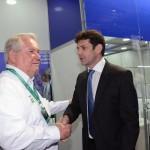 Roy Taylor, do M&E, com o ministro do Turismo, Marcelo Álvaro Antônio