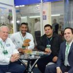 Roy Taylor, e Juliano Braga, do M&E, com Marcos Santos, da Prefeitura de Parauapebas, e André Dias, da Setur-PA