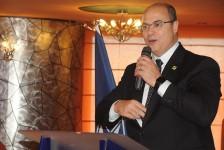 Governador do RJ propõe redução de tributos para receber cruzeiros durante o ano todo