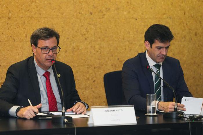 O presidente da Embratur, Gilson Machado Neto, e o ministro do Turismo, Marcelo Álvaro Antônio - Arquivo/Agência Brasil