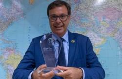 Embratur recebe prêmio da WTM Londres
