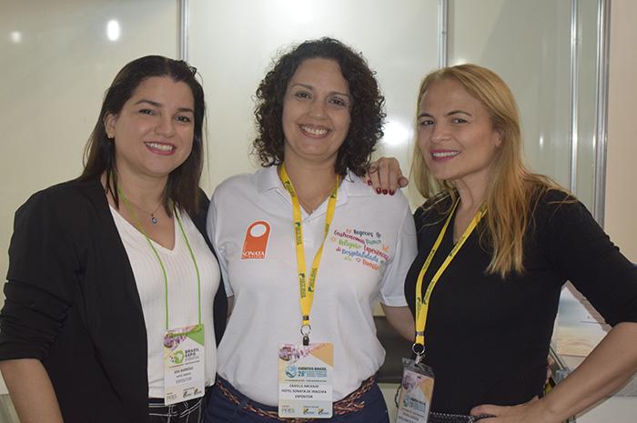 Ada Barroso, Camille Arcanjo e Michele Almeida, do Hotel Sonata de Iracema