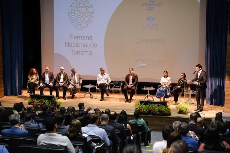 Cerimônia de abertura da 1ª Semana Nacional do Turismo, em Belo Horizonte