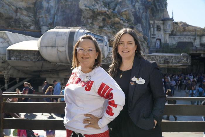 Cinthia Douglas e Paula Menna Barreto Hall, da Disney