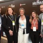 Clovis Casemiro, da IGLTA, Magda Nassar, presidente da Abav, Mari Masgrau, do M&E, Fátima Gatoeiro, da Abav, e Diogenes Toloni, da Aerolíneas Argentinas
