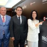 Roy Taylor do M&E, Vinicius Lummertz, secretário estadual de Turismo em São Paulo e Gisele Lima da Promo