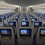 O entretenimento a bordo é bem completo, com diversos filmes, albuns musicais e programas de TV