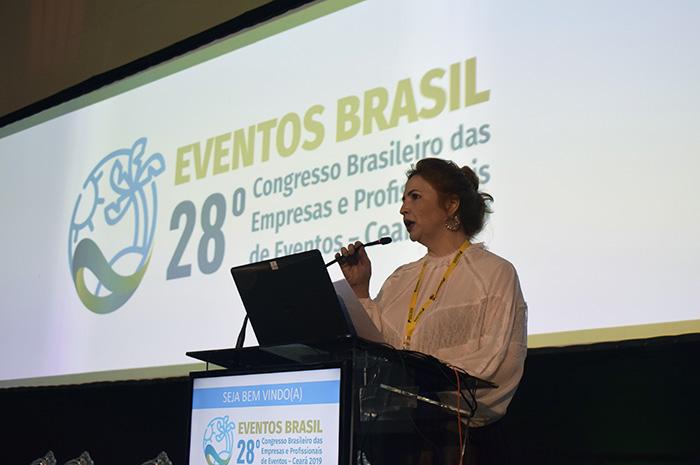 Enid Câmara, presidente da Abeoc Ceará