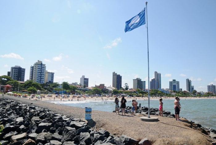 Bandeira azul_praia de Balneário Piçarras_divulgação Prefeitura Balneário Piçarras