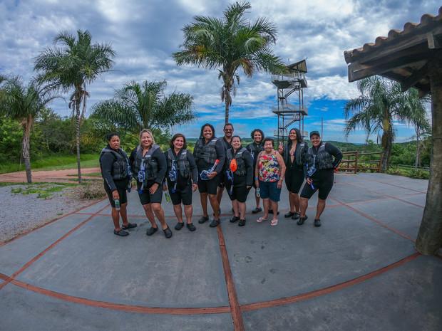 Equipe pronta para realizar a flutuação na Nascente Azul