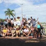 Os participantes do Fam no porto de Corumbá