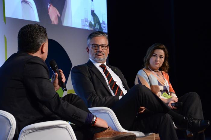 """O painel """"O que representa a isenção de vistos de turistas para o fomento do Turismo no Brasil"""" debateu a necessidade de aumentar a conectividade para acompanhar essa ação"""
