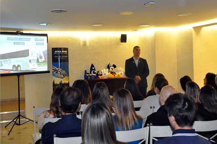 Luis Borges durante a sua apresentação