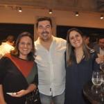 Nádia Botsaris, da Kauai Turismo, Sandro Batista e Cecília Toledo, da Puc Turismo
