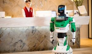 Robô-recepcionista chega ao mercado brasileiro; entenda