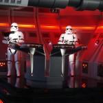 O local é cheio de stormtroopers