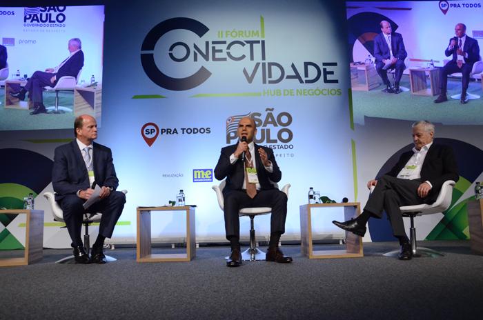 O painel foi mediado por Ralf Aasmann, diretor executivo da AirTKT e contou com a presença de Nelson de Oliveira da Alitalia Brasil e Mário Carvalho da TAP América do Sul