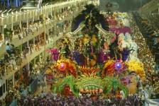 Venda de pacotes para o Carnaval do Rio cresce 15%, revela Abav-RJ