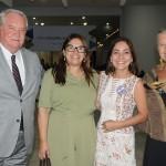 Roy Taylor e Rosa Masgrau, do M&E, com Ana Claudia e Roselene Medeiros, do Amazonastur