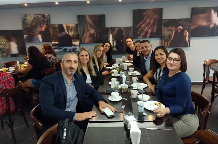 Cinco dias ações da equipe de vendas em São Paulo impactaram cerca de 150 empresas