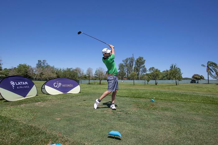 Torneio teve início em setembro nos principais campos de golfe do país e reuniu quase 500 participantes