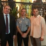Subsecretário de Comunicação do RJ, Gabriel Aquino, o comandante do BPTur, Vitor Batista do Vale, e o subcomandante Rodrigo Tjader