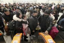 Coronavírus: China suspende viagens em grupo e venda de pacotes