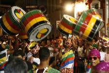 Mais de 70% dos brasileiros sonham em conhecer carnavais de Salvador, Recife e Rio