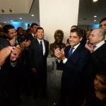 Autoridades participaram da inauguração do busto de Antonio Carlos Magalhães, que dá nome ao Centro de Convenções