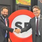 Daniel Nepomuceno, secretário-executivo do MTur. com Vinicius Lummertz, secretário de Turismo de São Paulo