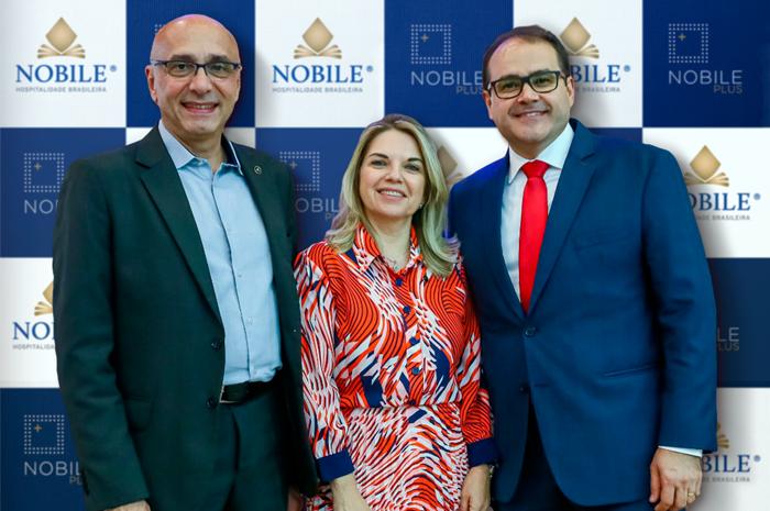 Ricardo Pompeu, Vice-presidente de Vendas & Marketing; Emiria Bertino, Diretora de Qualidade e Processos; e Roberto Bertino, Fundador e Presidente da Nobile Hotéis