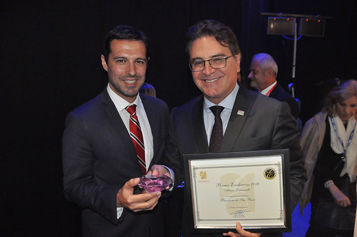 Eduardo Zorzanello e Vinicius Lummertz após a entrega do Prêmio Silvia Zorzanello