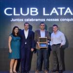 Gabriela Mundim e Igor Miranda, da Latam, com Tomas Perez e Fernando Rocha, da Teresa Perez