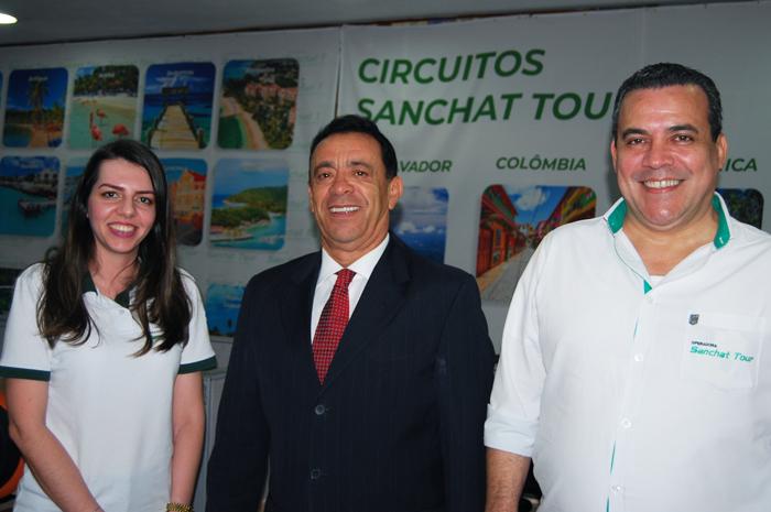 Gabrielle Souza, Roberto Silva e Amarildo Limah, da Sanchat Tour
