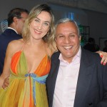 Luciane Leite, da WTM-LA, e Silvio Pessoa, da Sindetur-BA