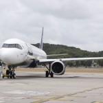 Modelo se prepara para decolagem no aeroporto de Recife