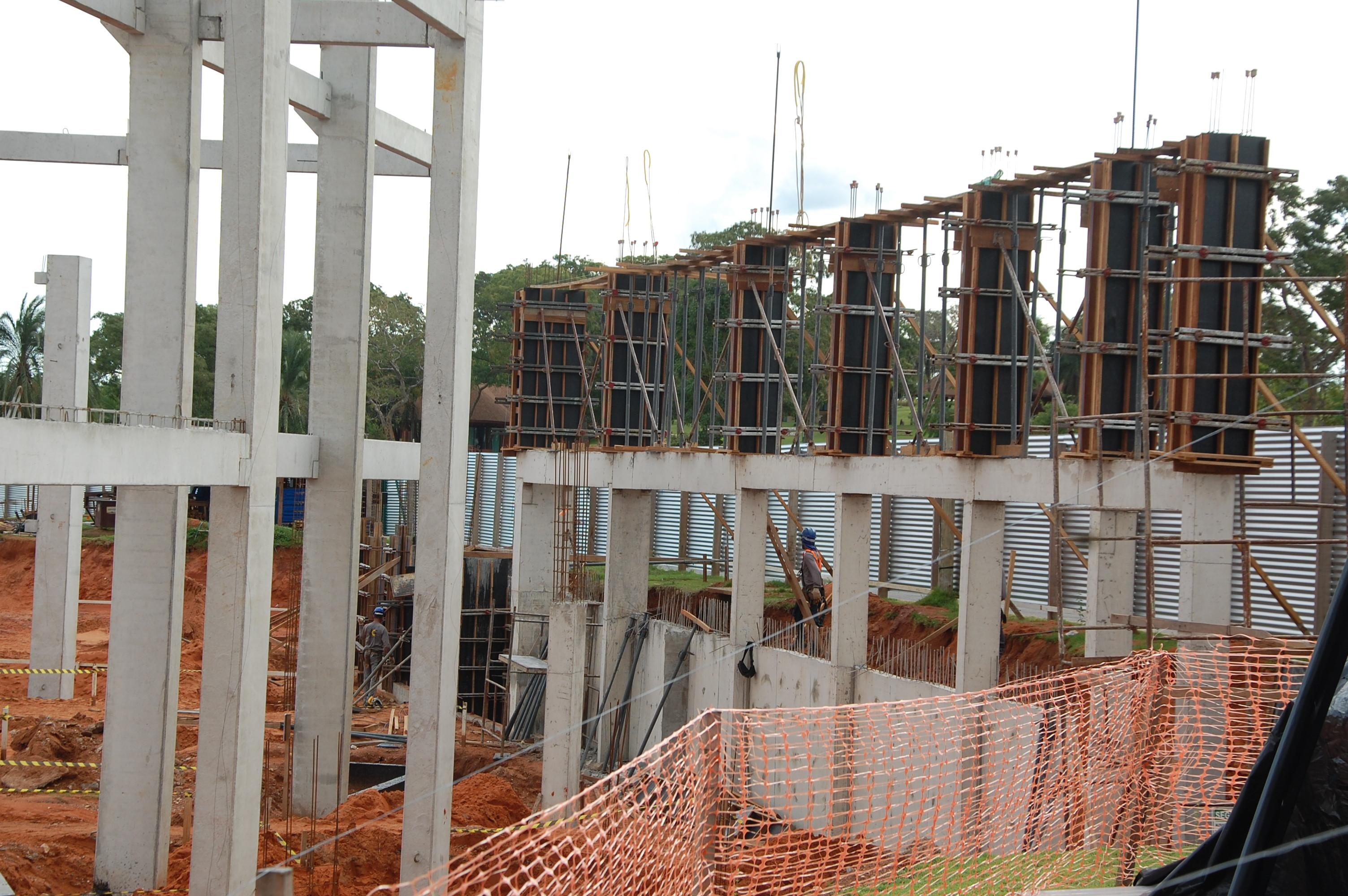 Obras: previsão é inaugurar o novo centro em novembro